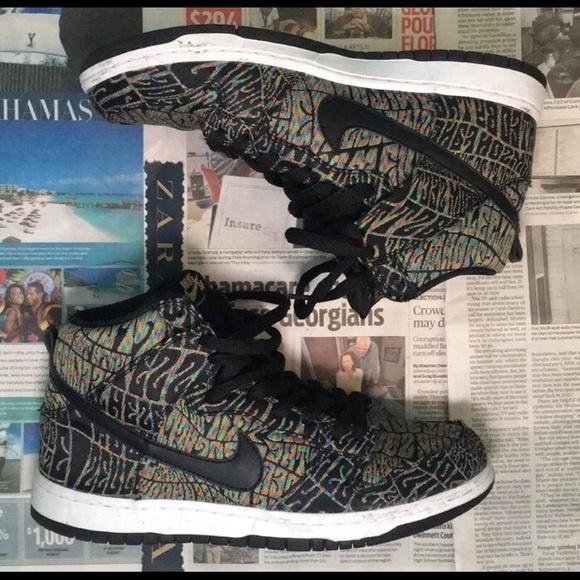 promo code e5767 61054 Nike SB Dunk High Premium Psychedelic Shoes. M 5c3baf378ad2f9ac3b70563e